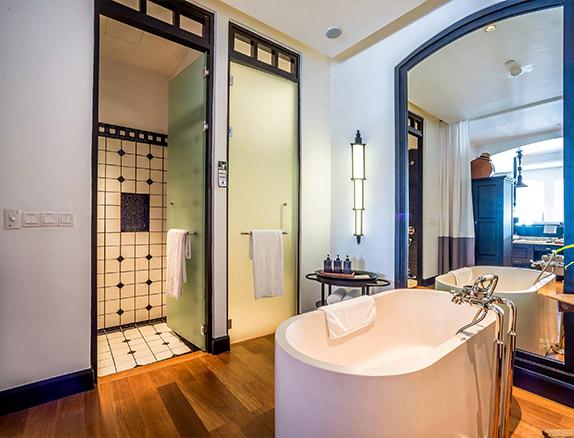 Mae Nam Suite Bathroom
